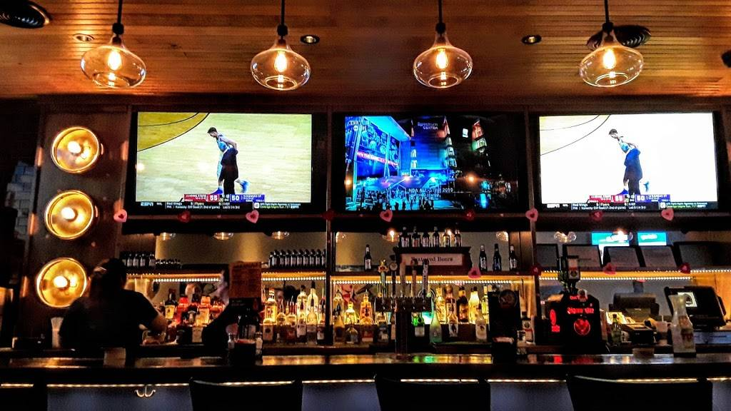 BoomerJacks Grill & Bar | restaurant | 9540 Casa Linda Plaza, Dallas, TX 75218, USA | 2146609464 OR +1 214-660-9464