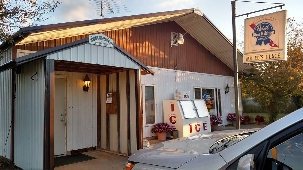 Mr Eds Place | restaurant | W6943 County Rd Gh, Wild Rose, WI 54984, USA | 9206224439 OR +1 920-622-4439