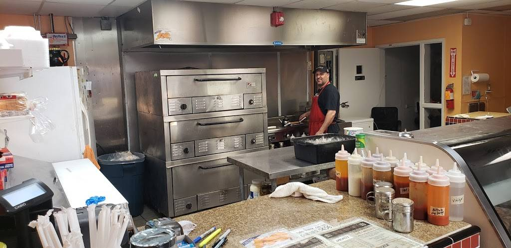Poindexter Grill | restaurant | 1424 Poindexter St, Chesapeake, VA 23324, USA | 7574705656 OR +1 757-470-5656