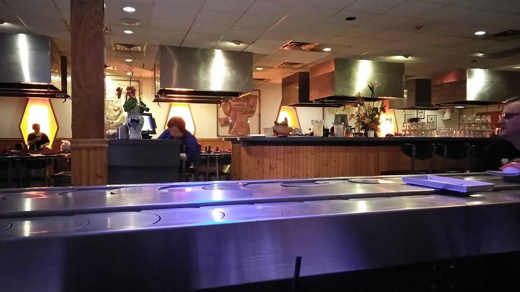 Yue Sun Restaurant   restaurant   357 Georgetown Square, Wood Dale, IL 60191, USA   6305952288 OR +1 630-595-2288