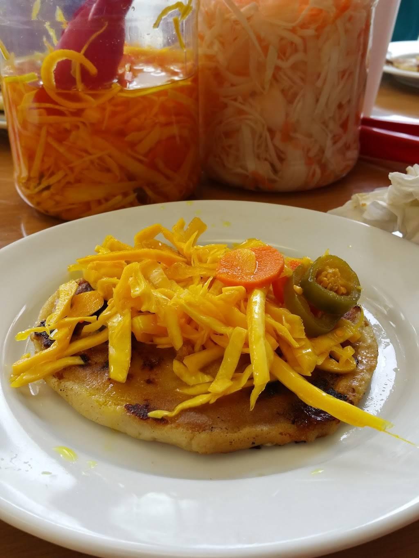 Doña Antonia | restaurant | 152 71st St, Guttenberg, NJ 07093, USA | 2018687600 OR +1 201-868-7600