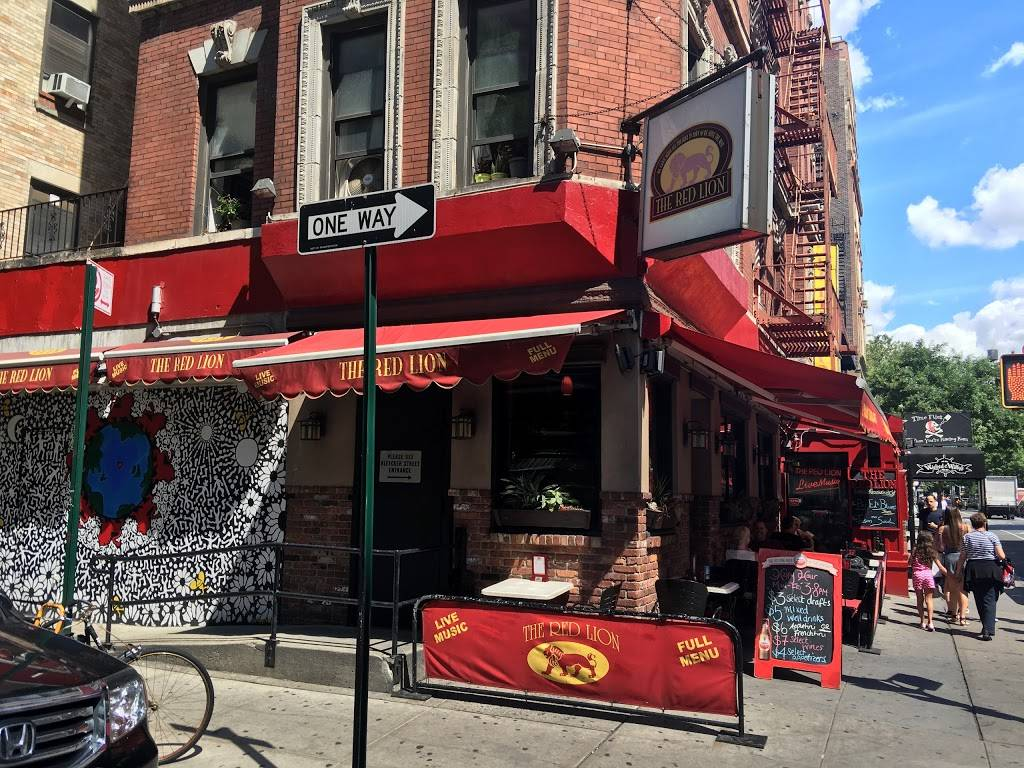 The Red Lion | restaurant | 151 Bleecker St, New York, NY 10012, USA | 2122609797 OR +1 212-260-9797