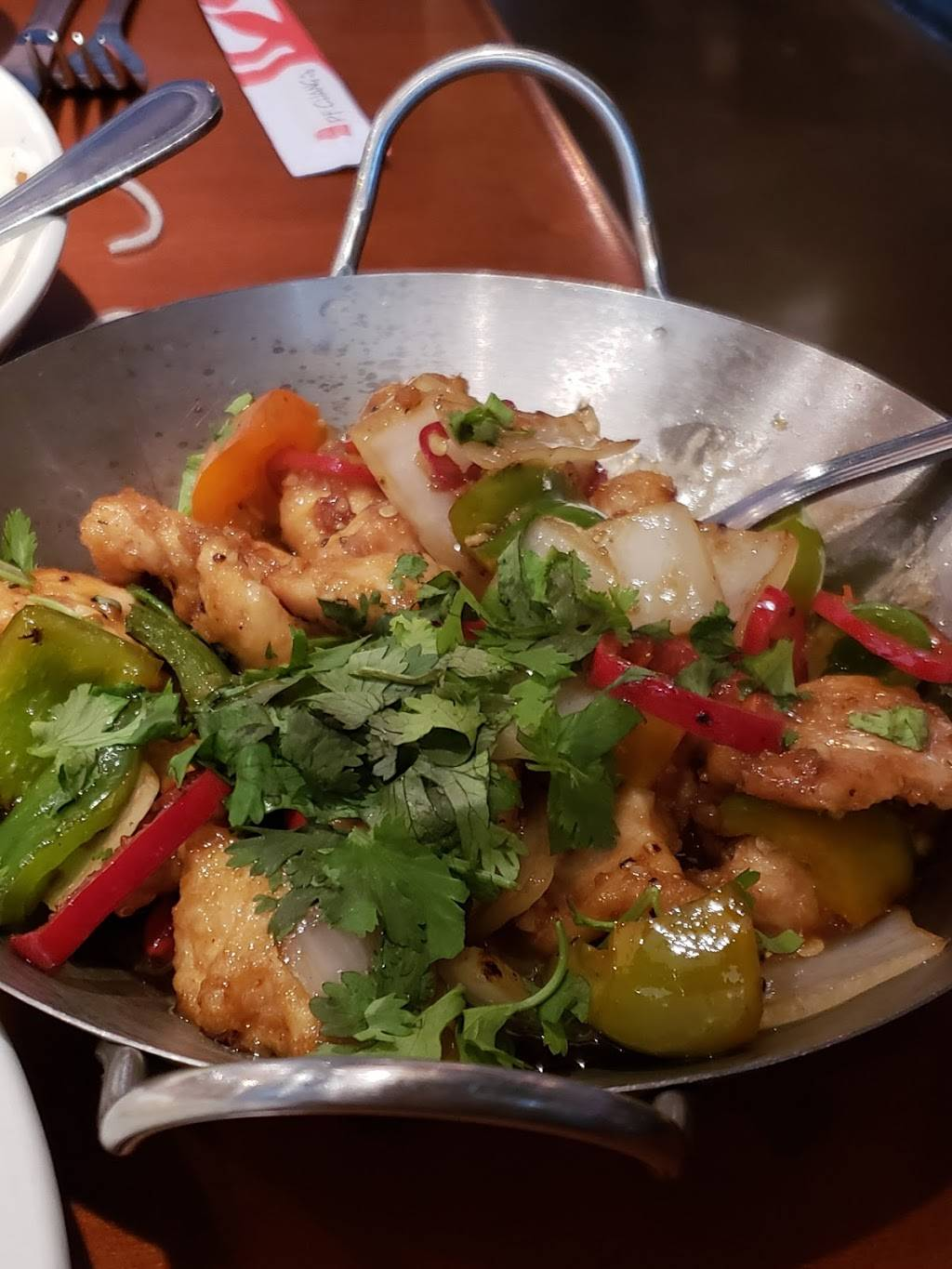P.F. Changs | restaurant | 2361 Fountain Square Dr, Lombard, IL 60148, USA | 6306529977 OR +1 630-652-9977