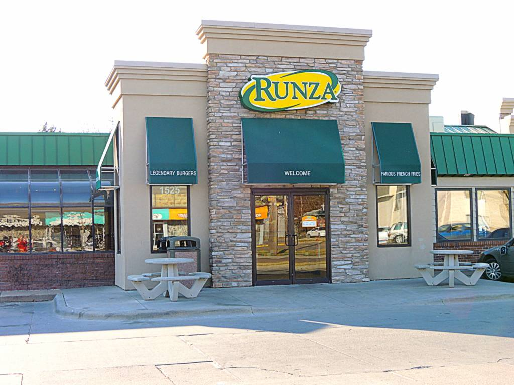 Runza Restaurant | restaurant | 1501 N 56th St, Lincoln, NE 68504, USA | 4024661087 OR +1 402-466-1087