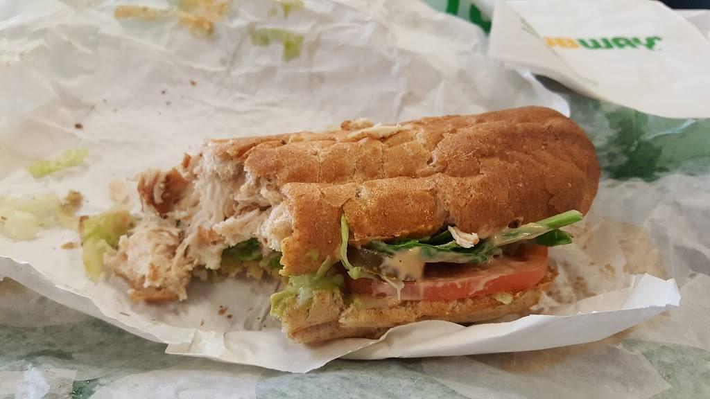 Subway Restaurants | restaurant | 1622 Bedford Ave, Brooklyn, NY 11225, USA | 3477708853 OR +1 347-770-8853