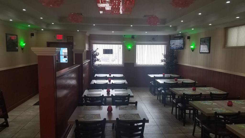 Diamond Food House | restaurant | 787 State St, Schenectady, NY 12307, USA | 5185572370 OR +1 518-557-2370