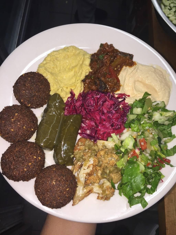 Pita Palace   restaurant   413 Graham Ave, Brooklyn, NY 11211, USA   7183830550 OR +1 718-383-0550