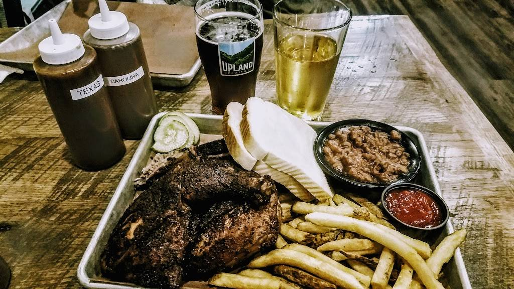 DOCs Smokehouse and Craft Bar | restaurant | 1420 B Calumet Ave, Dyer, IN 46311, USA | 2192623627 OR +1 219-262-3627