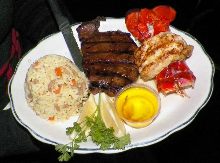 Callahans Irish Pub | restaurant | 200 S Irwindale Ave, Azusa, CA 91702, USA | 6269695780 OR +1 626-969-5780