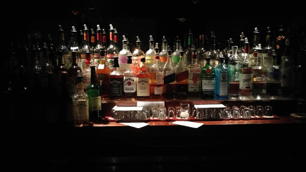 The Courtyard Ale House | restaurant | 40-18 Queens Blvd, Sunnyside, NY 11104, USA | 7187294601 OR +1 718-729-4601