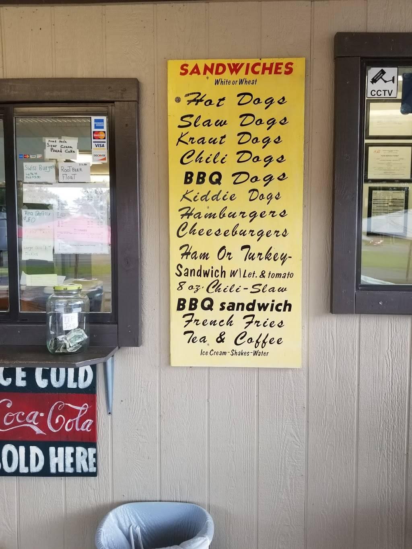 The Village Snack Bar | restaurant | 21496 HWY 82 E, Waynesville, GA 31566, USA | 9127784704 OR +1 912-778-4704