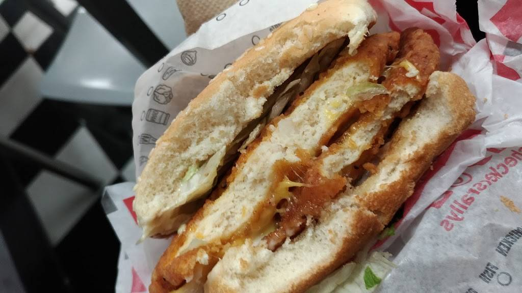Checkers | restaurant | 2712 Queens Plaza S, Long Island City, NY 11101, USA | 7183924252 OR +1 718-392-4252