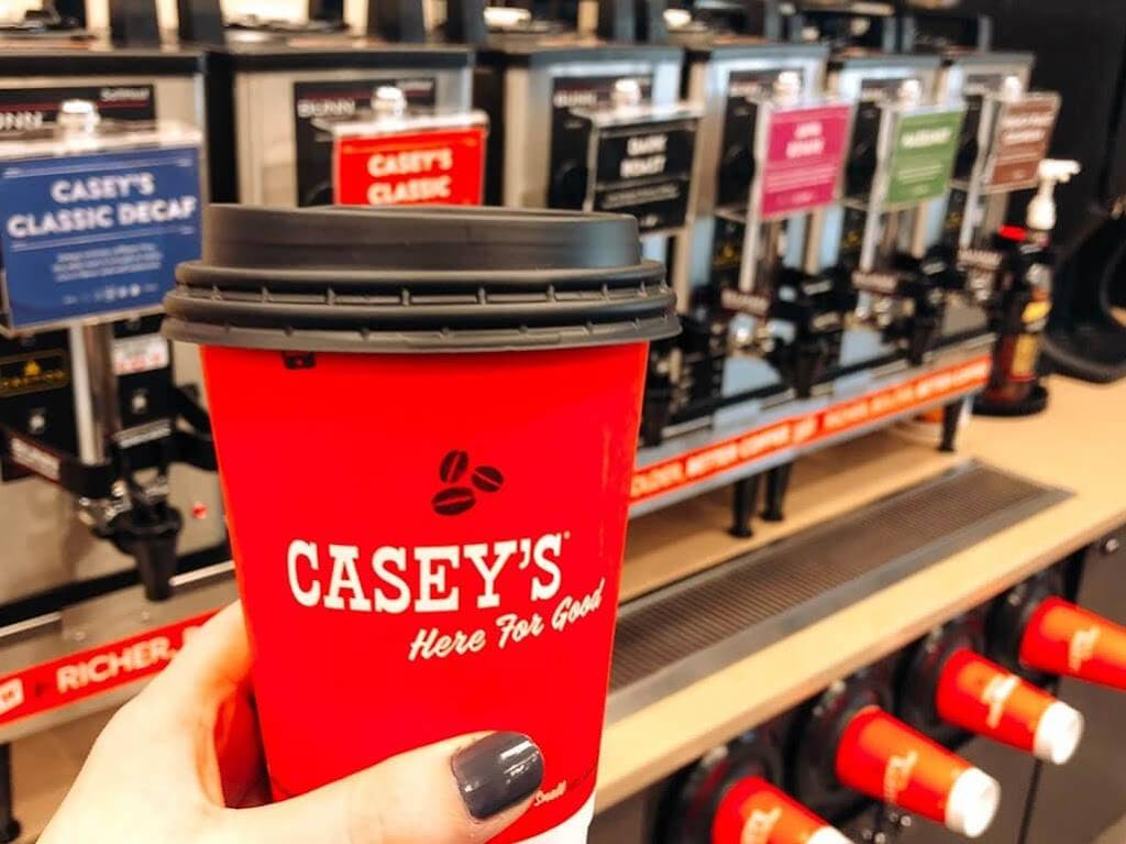 Caseys | meal takeaway | 425 S Main St, Ladd, IL 61329, USA | 8158943096 OR +1 815-894-3096