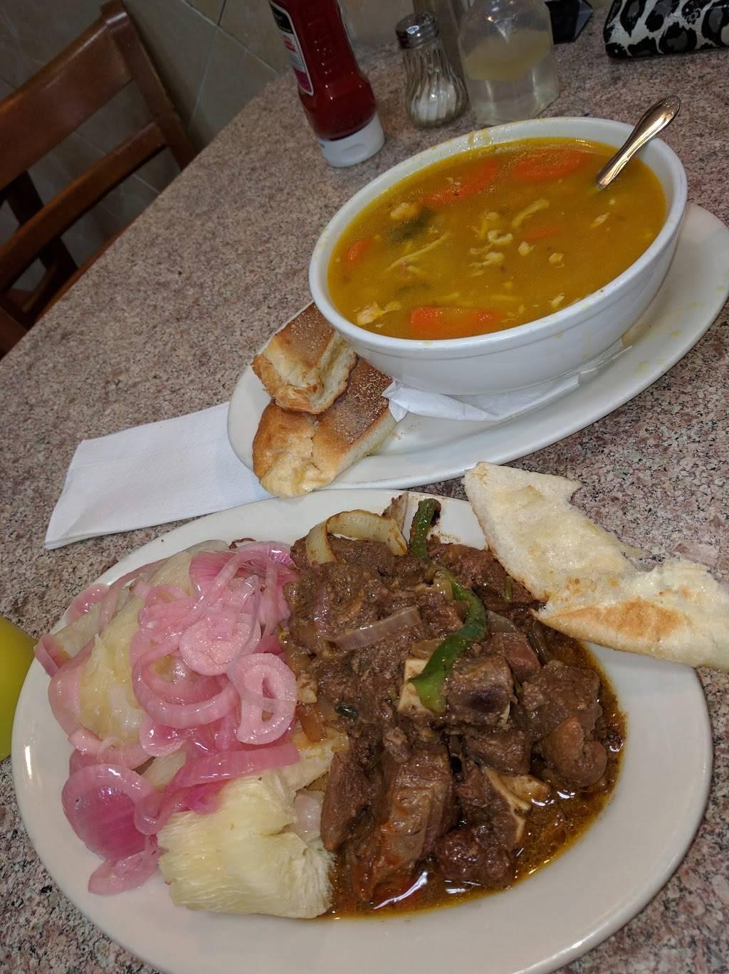 El Barrio Lechonera | restaurant | 172 E 103rd St, New York, NY 10029, USA | 2127221344 OR +1 212-722-1344