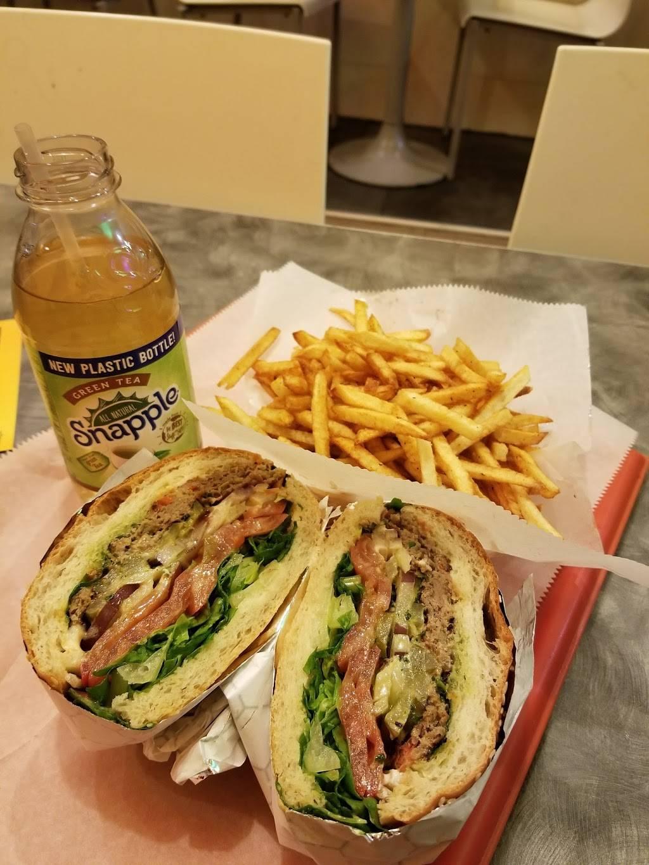 Pita Hot   restaurant   75-45 Main St, Flushing, NY 11367, USA   7185446755 OR +1 718-544-6755
