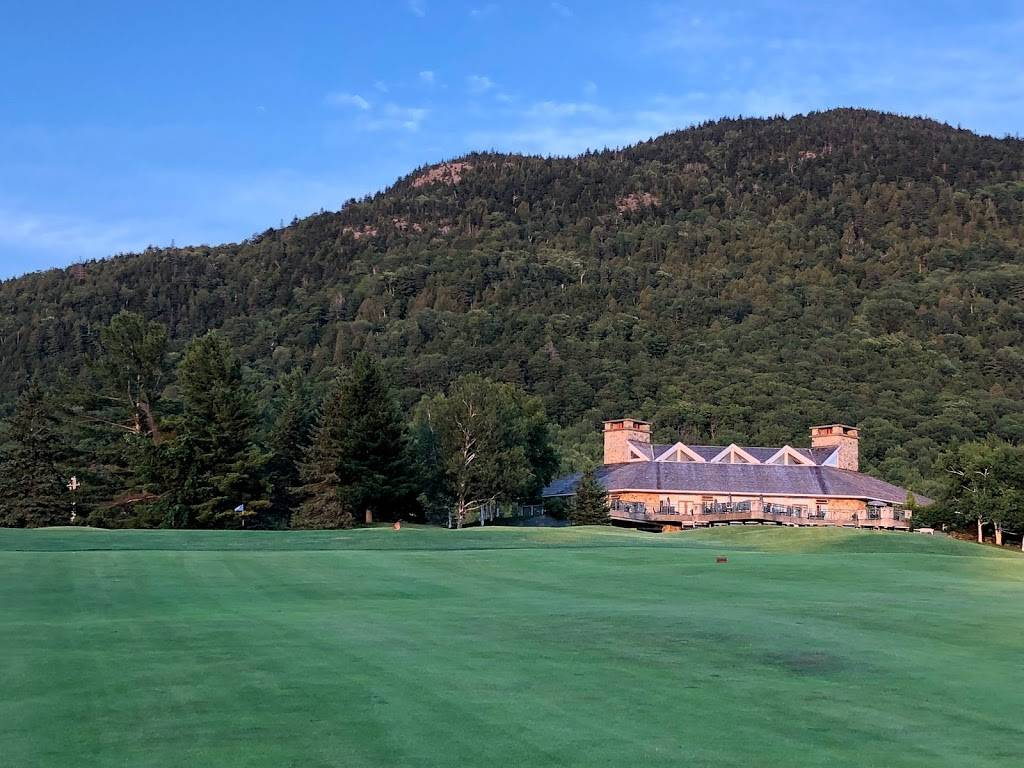 Owls Head Golf Club   restaurant   181, Che Du Mont Owls Head, Mansonville, Quebec, QC J0E 1X0, Canada   8003633342 OR +1 800-363-3342