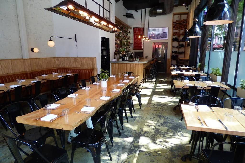 Pig Bleecker | restaurant | 155 Bleecker St, New York, NY 10012, USA
