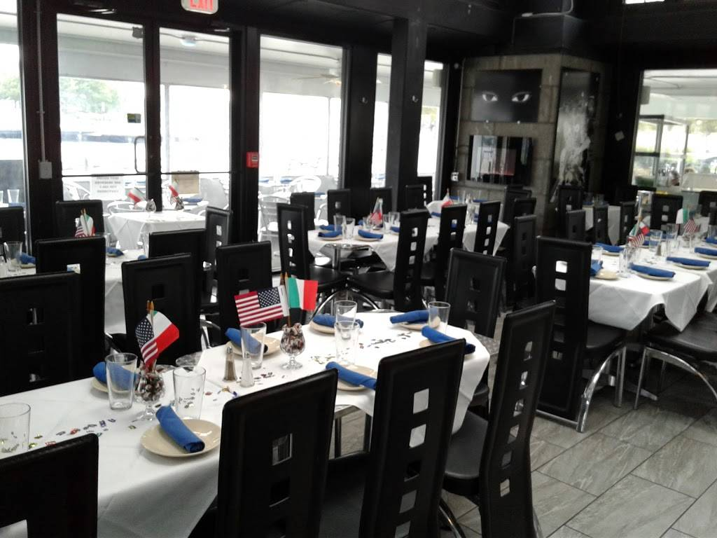 Blue Eyes | restaurant | 525 Sinatra Dr, Hoboken, NJ 07030, USA | 2016836861 OR +1 201-683-6861