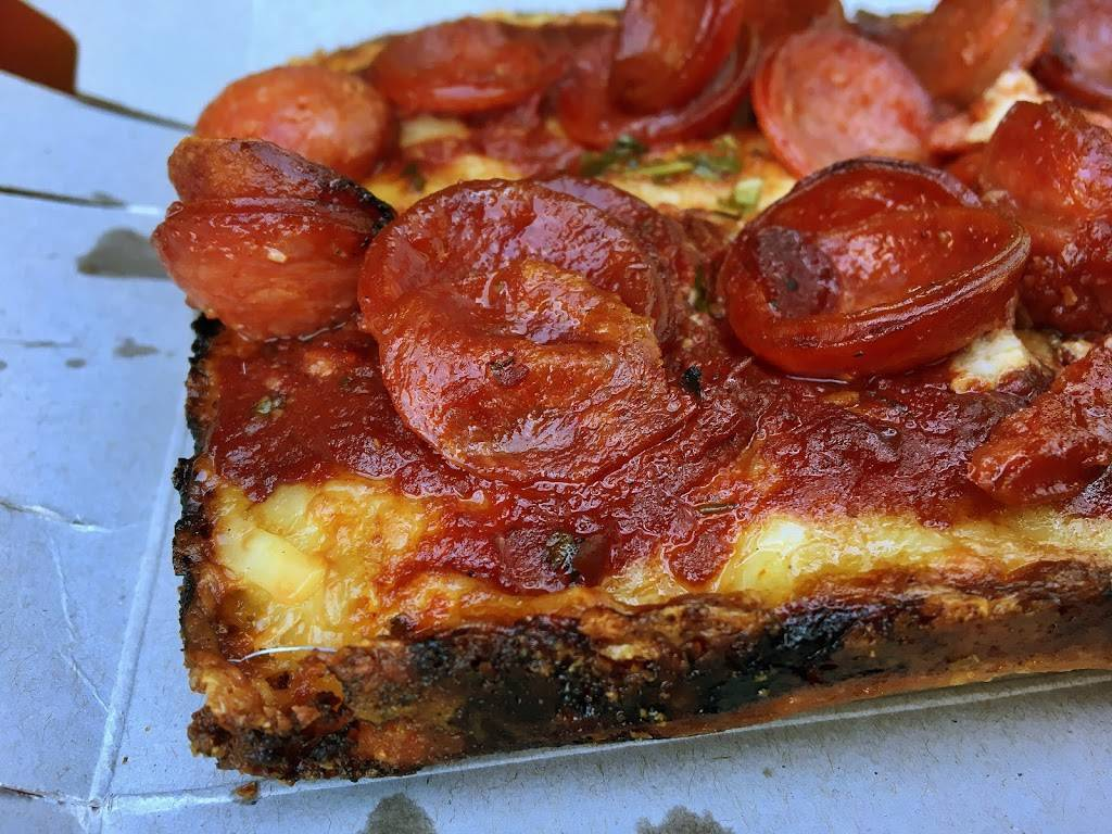 Lions & Tigers & Squares Detroit Pizza | restaurant | 268 W 23rd St, New York, NY 10011, USA | 9172616772 OR +1 917-261-6772