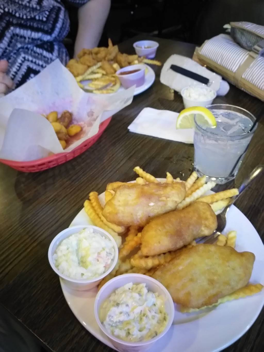 The Timbers | restaurant | 208 W North St, DeForest, WI 53532, USA | 6088465575 OR +1 608-846-5575