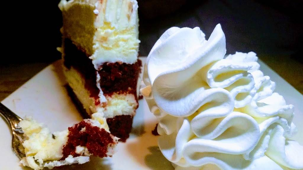 The Cheesecake Factory   restaurant   10300 Little Patuxent Pkwy, Columbia, MD 21044, USA   4109979311 OR +1 410-997-9311