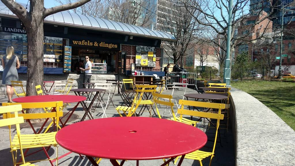 Wafels & Dinges | cafe | 393 West St, New York, NY 10014, USA | 6462572592 OR +1 646-257-2592
