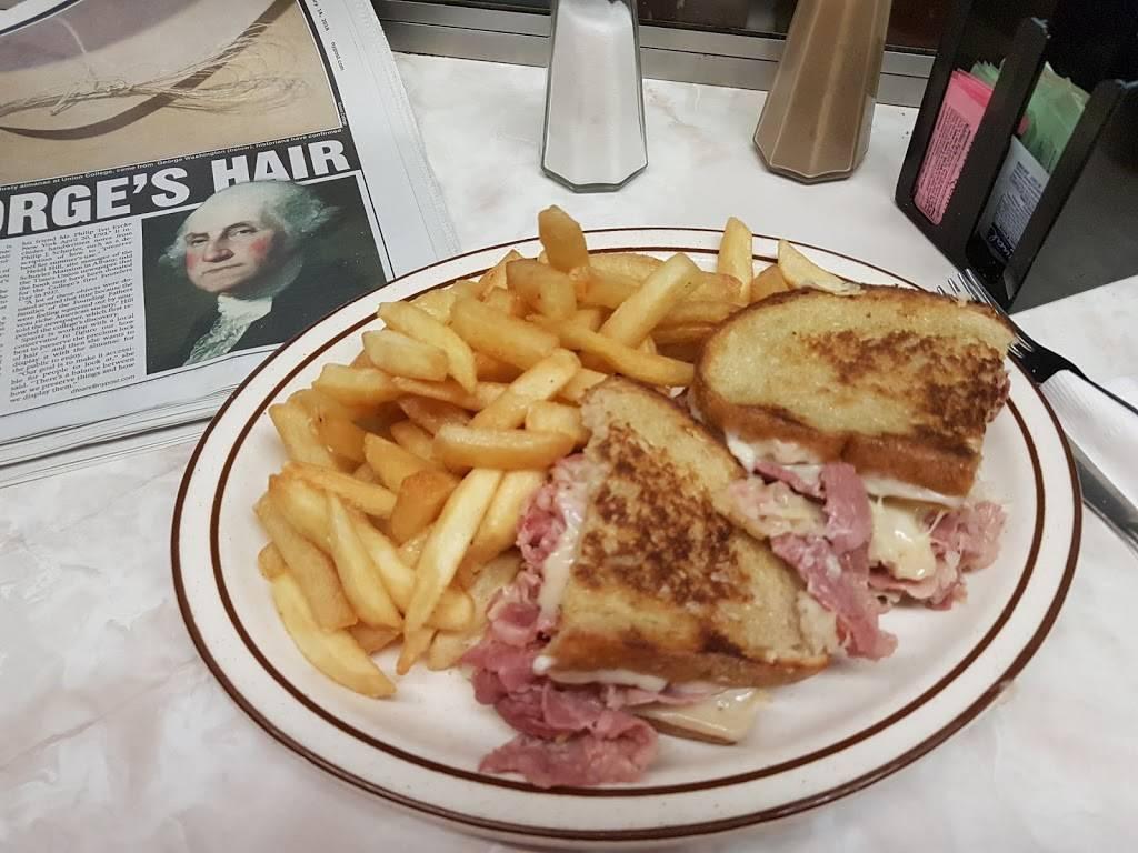 Bendix Diner   restaurant   464 NJ-17, Hasbrouck Heights, NJ 07604, USA   2012880143 OR +1 201-288-0143