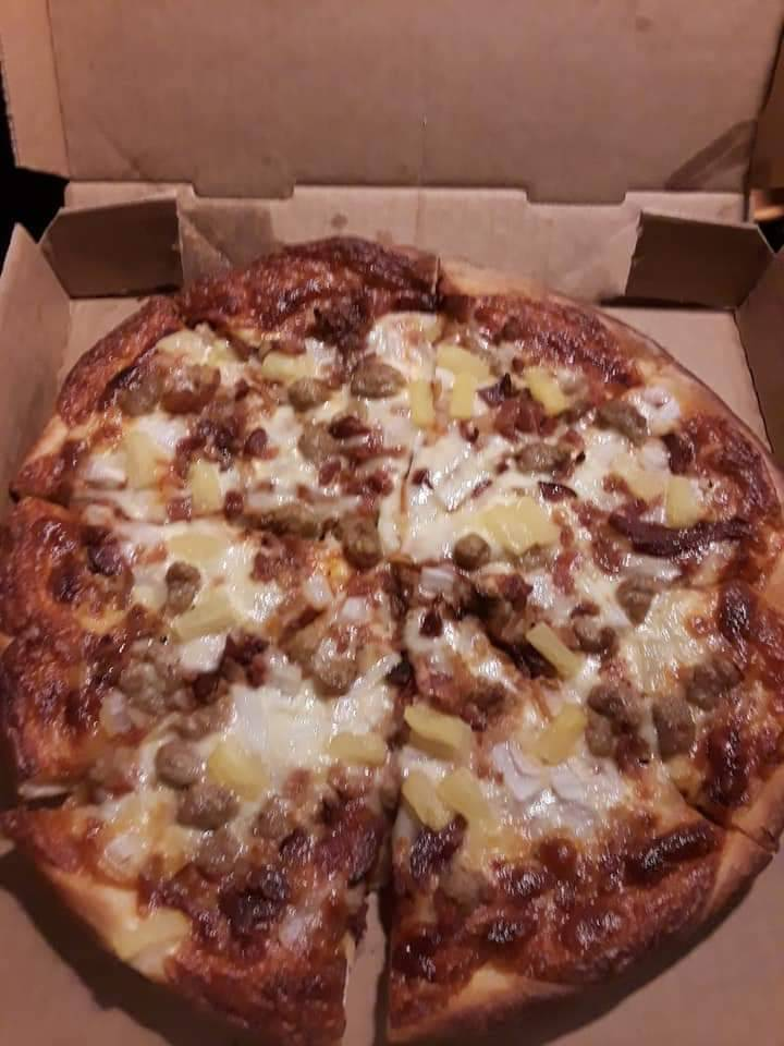 Carlas Pizza   restaurant   813 Cherry St E, Canal Fulton, OH 44614, USA   3308546788 OR +1 330-854-6788