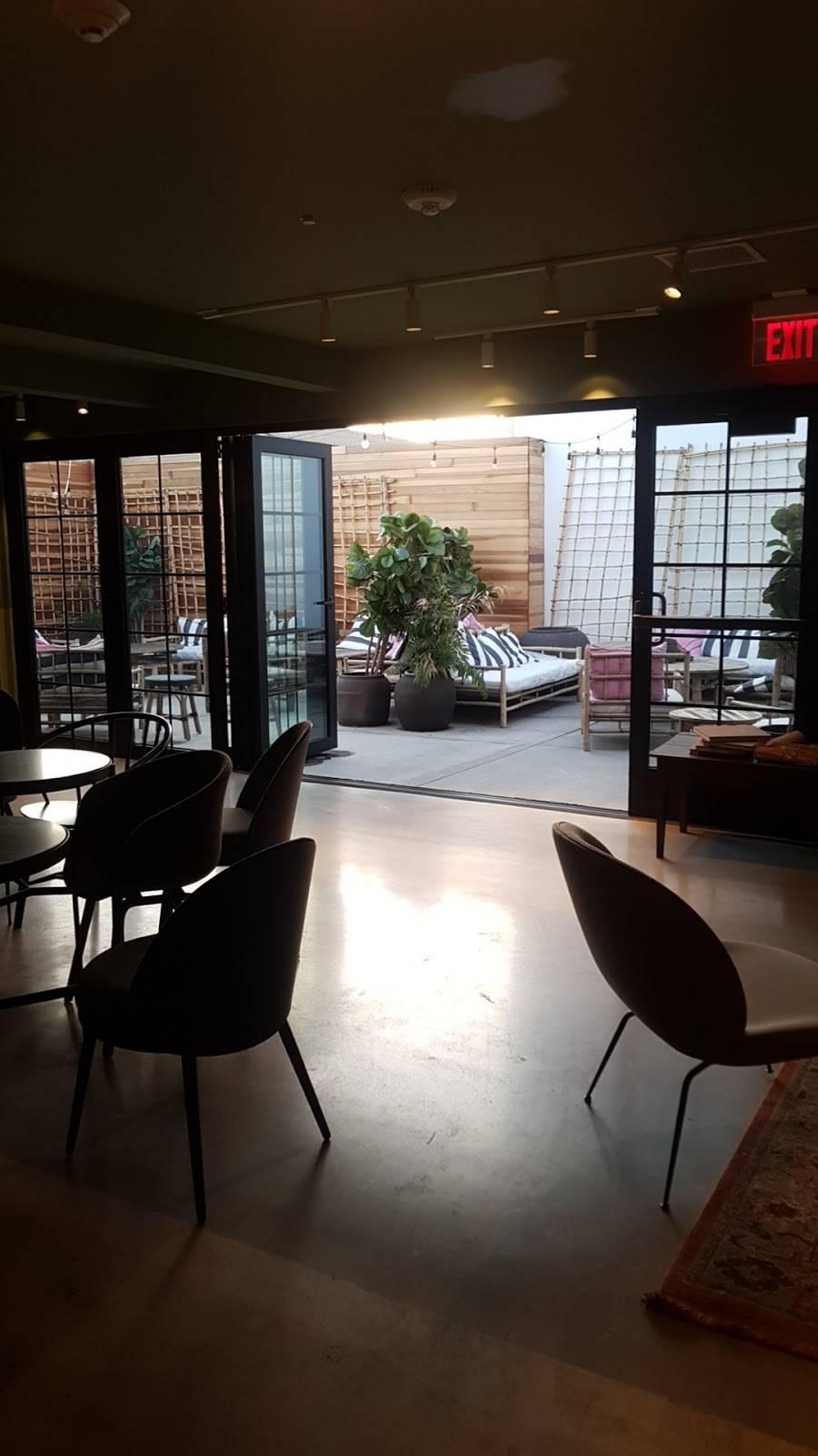 JOE & THE JUICE | cafe | 8016 W 3rd St, Los Angeles, CA 90048, USA
