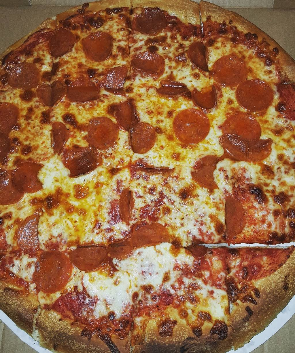 Charlies Pizza   meal delivery   386 Prospect St, East Hartford, CT 06108, USA   8605280111 OR +1 860-528-0111