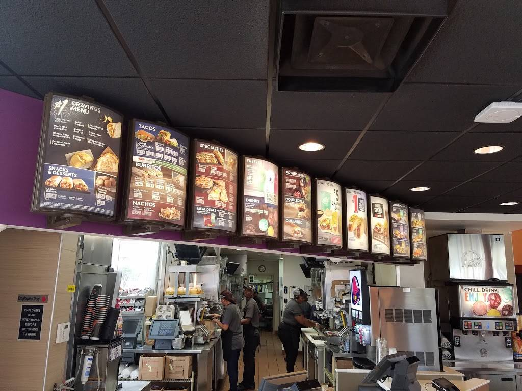 Taco Bell | meal takeaway | 1717 E Sample Rd, Pompano Beach, FL 33064, USA | 9547810557 OR +1 954-781-0557