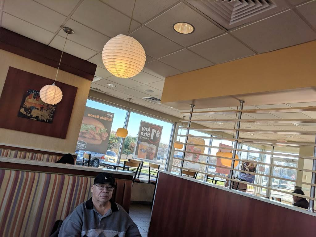 McDonalds | cafe | 507 Flatbush Ave, Hartford, CT 06106, USA | 8609531305 OR +1 860-953-1305
