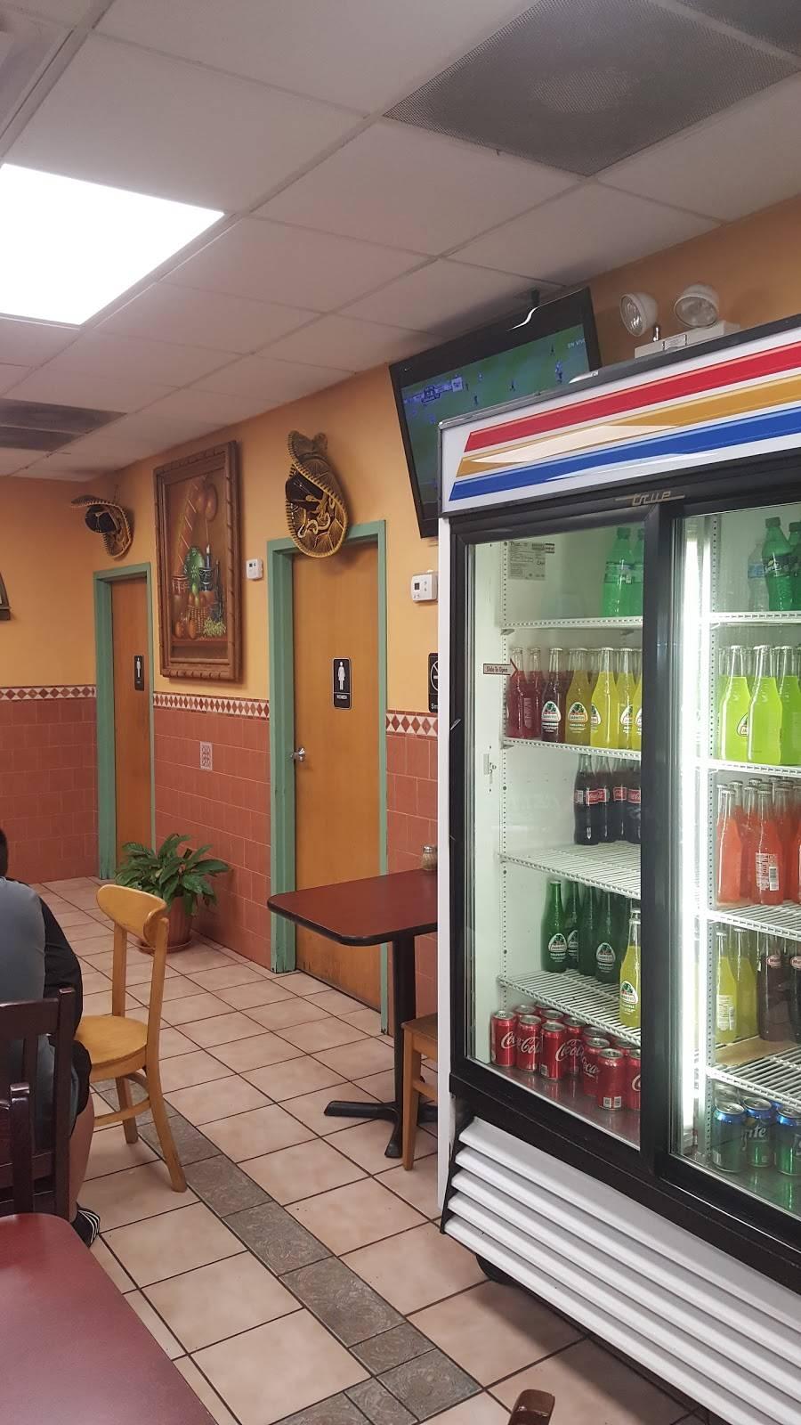 La Placita Taqueria   restaurant   390 W Lake St, Addison, IL 60101, USA   6305430068 OR +1 630-543-0068