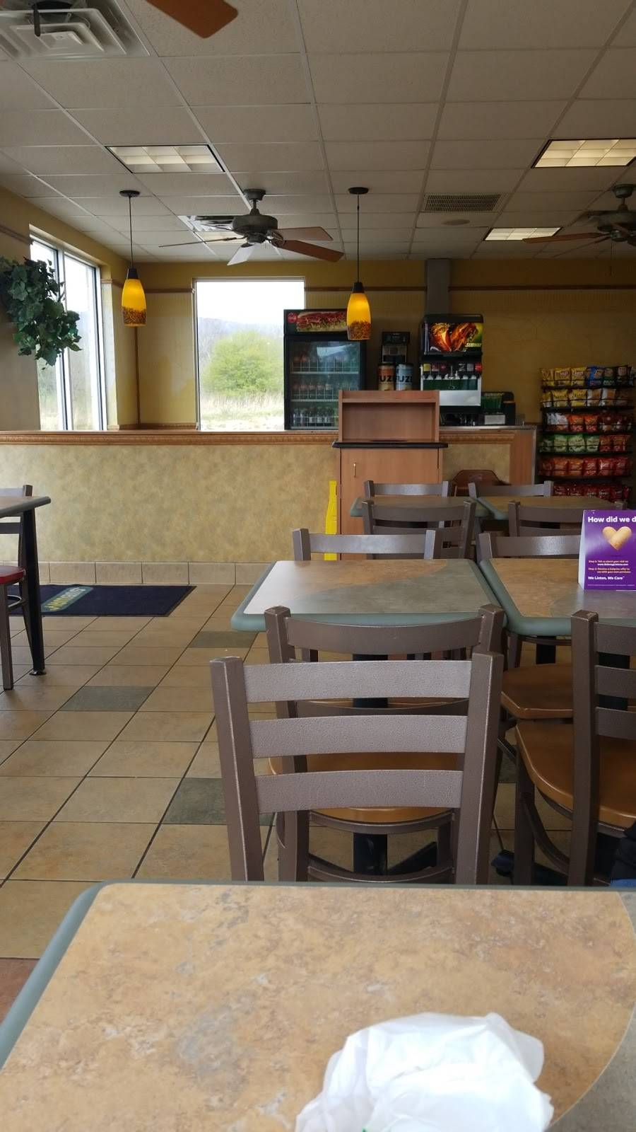 Subway | restaurant | 564 US-127 BYP, Pikeville, TN 37367, USA | 4234472008 OR +1 423-447-2008