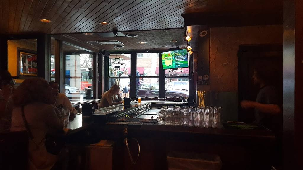 Old Town Pub | restaurant | 1339 N Wells St, Chicago, IL 60610, USA | 3122666789 OR +1 312-266-6789