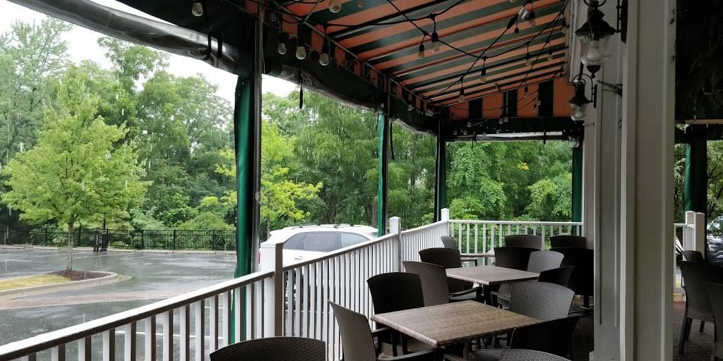 Bennigans   restaurant   23315 Frederick Rd, Clarksburg, MD 20871, USA   3015401499 OR +1 301-540-1499