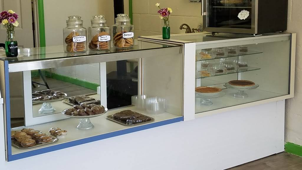 Scoops Ice Cream | restaurant | 504 Pittsylvania Ave, Altavista, VA 24517, USA