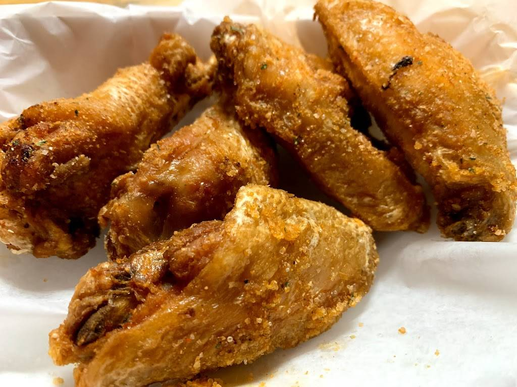 Golden Flame Hot Wings   meal delivery   5865 Stetson Hills Blvd #120, Colorado Springs, CO 80923, USA   7195709464 OR +1 719-570-9464