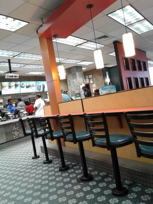 McDonalds   cafe   395 Flatbush Ave Ext, Brooklyn, NY 11201, USA   7185224988 OR +1 718-522-4988
