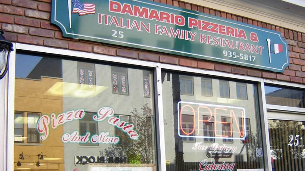 Da Mario Pizzeria   restaurant   25 Park Ave, Rutherford, NJ 07070, USA   2019355817 OR +1 201-935-5817