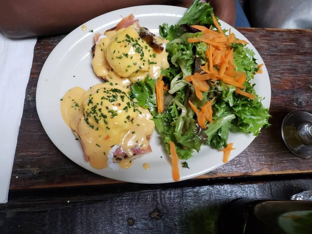 Black Swan | restaurant | 1048 Bedford Ave, Brooklyn, NY 11205, USA | 7187834744 OR +1 718-783-4744