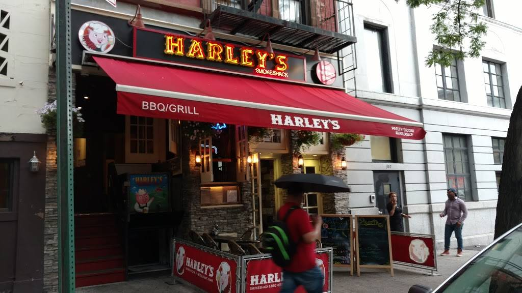 Harleys Smokeshack | restaurant | 355 E 116th St, New York, NY 10029, USA | 2128286723 OR +1 212-828-6723