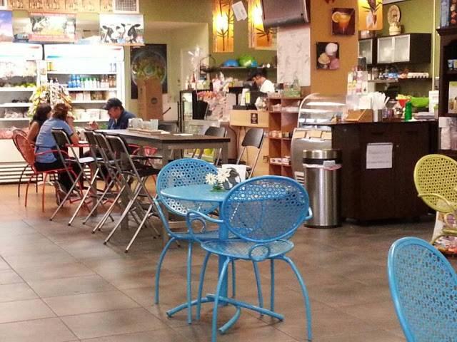 Naturxheal Organic Restaurant Café Juice Bar Terraza