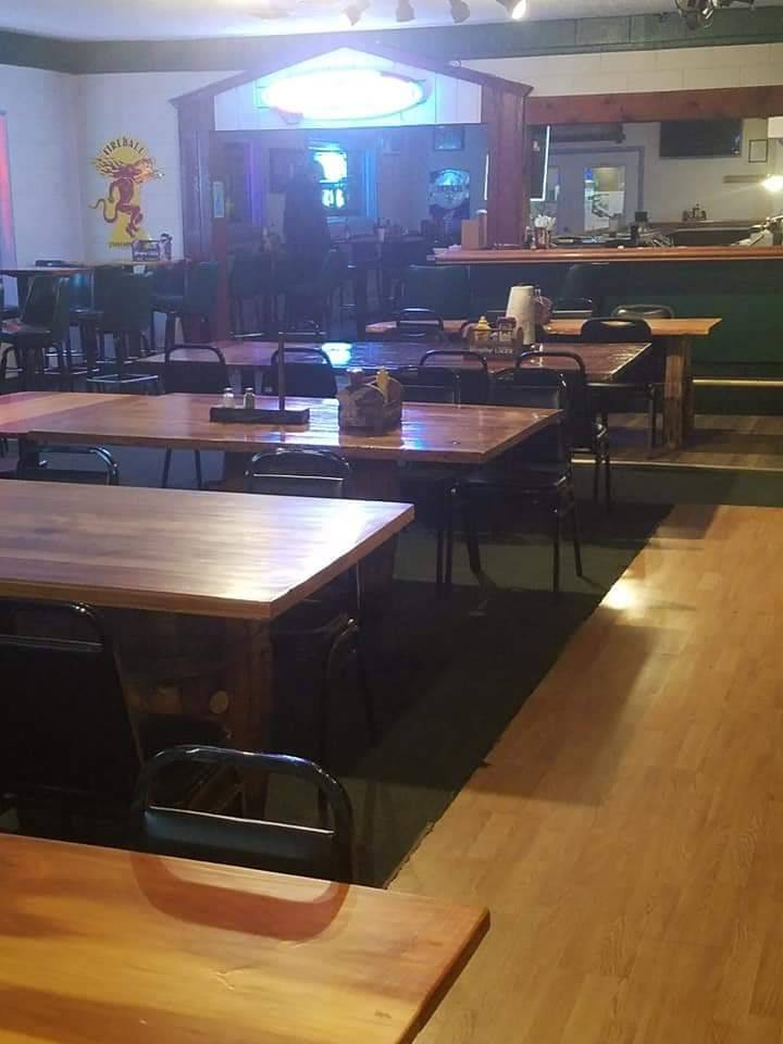 Sparkys Roadhouse | restaurant | 8608 East US 36, Rockville, IN 47872, USA | 7653441990 OR +1 765-344-1990