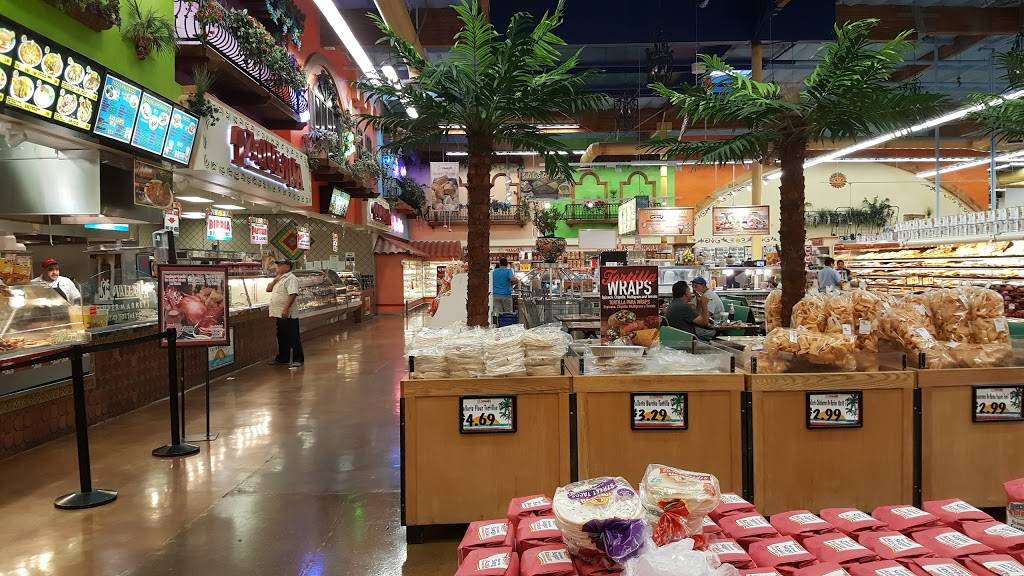 Vallarta Supermarkets | bakery | 2690 E Vineyard Ave, Oxnard, CA 93036, USA | 8059833403 OR +1 805-983-3403