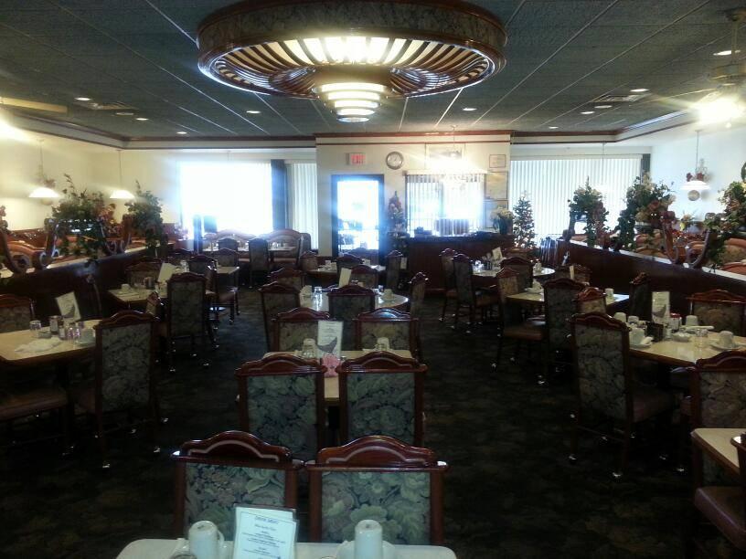 Spring Garden Restaurant | restaurant | 255 S Century Ave, Waunakee, WI 53597, USA | 6088503732 OR +1 608-850-3732