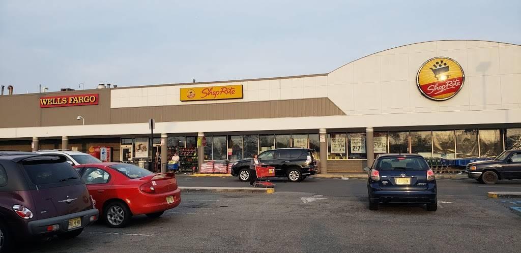 Riverfront Plaza   shopping mall   500 S River St, Hackensack, NJ 07601, USA   6107471200 OR +1 610-747-1200