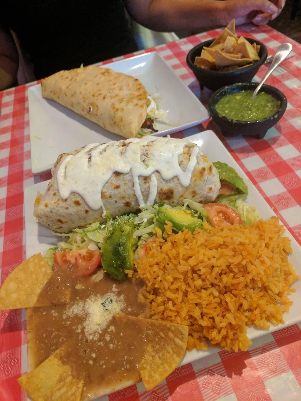 Cinderellas | restaurant | 108 Victory Blvd, Staten Island, NY 10301, USA | 7182854333 OR +1 718-285-4333