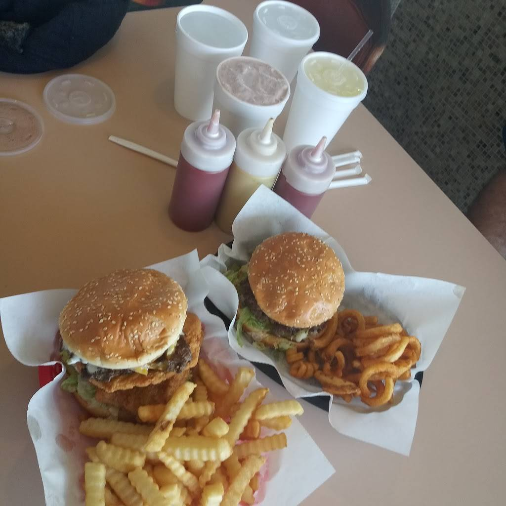 Chick Inn Drive in   restaurant   501 Holmes Rd, Ypsilanti, MI 48198, USA   7344833639 OR +1 734-483-3639