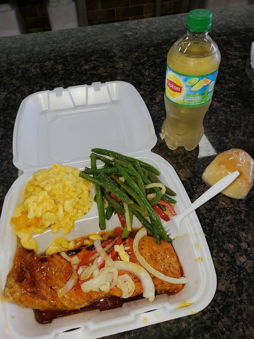 South Pride seafood and soul   restaurant   5201 MD-210, Oxon Hill, MD 20745, USA   3018393300 OR +1 301-839-3300